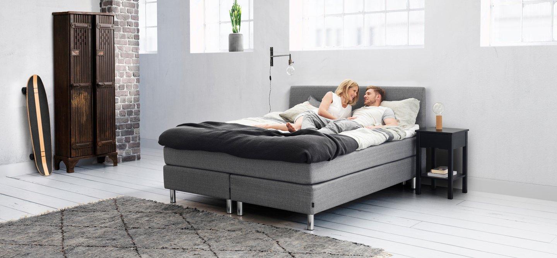 jensen seng continental hjem lys. Black Bedroom Furniture Sets. Home Design Ideas